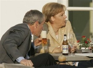 bush-drinking-with-merkel-and-blair-3